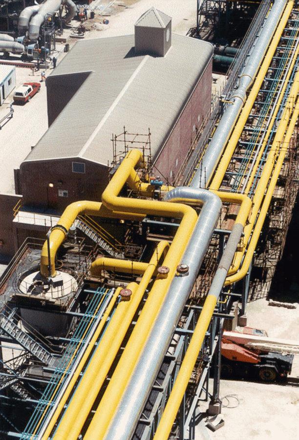 SALDANHA, Südafrika Corex C2000 Anlage, Verbund mit DRI Anlage - Rohrbrücke