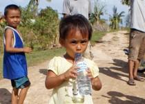 Freude über Trinkwasser
