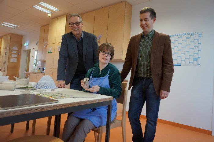 Franz und Bernhard Schatz besuchen die Werkstätte der Lebenshilfe Perg